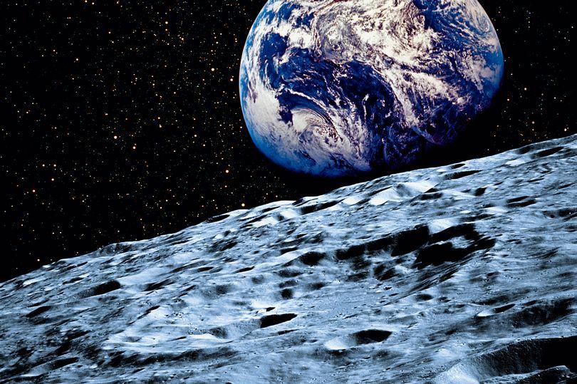 luna minerali estrazione